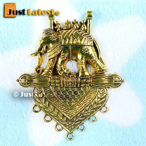 Antique Gold Bhahubali Pendant 239